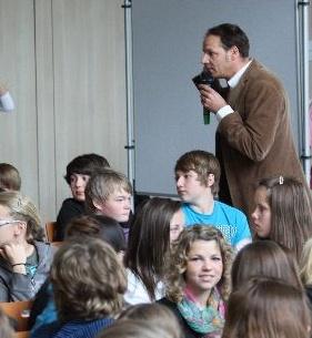 Tim Schlüter von talk-social.de ist Botschafter für das Sicher-Stark-Team